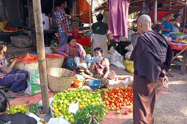 Marché Mawlamyine Myanmar