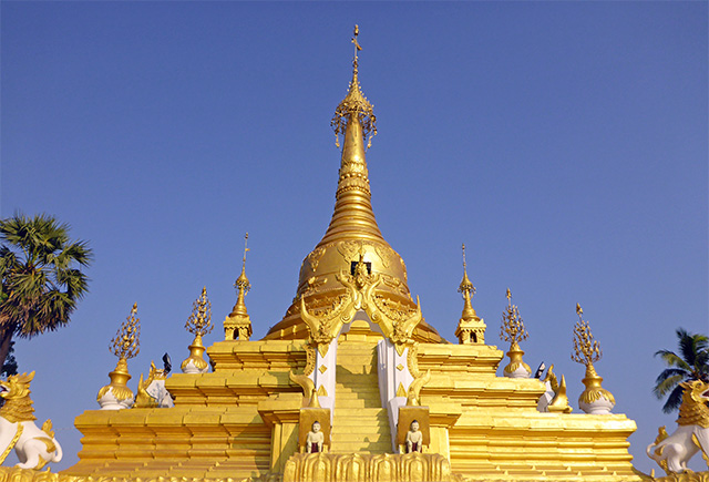 Colline des pagodes Mawlamyine Myanmar