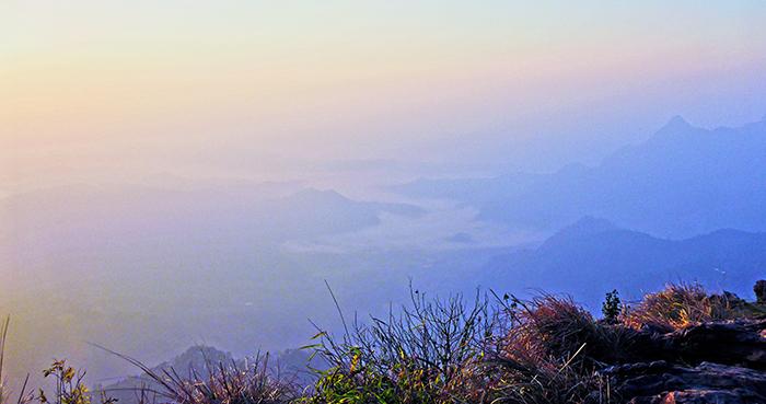 Phu Chi Fa Mer de nuage Thailande