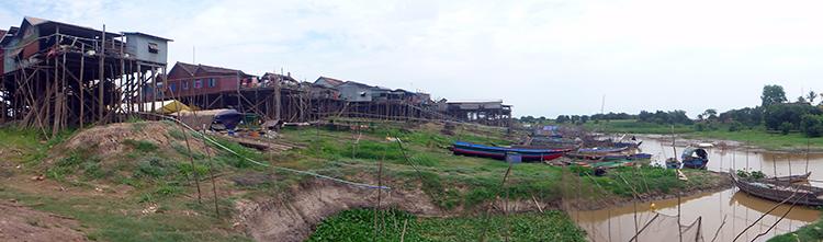 Kompong Khleang Village sur pilotis
