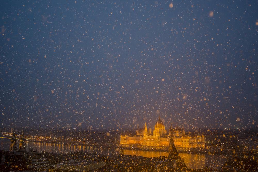 Budapest sous la neige @ Robin TOURNADRE