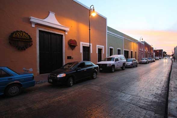 Valladolid Mexique by night