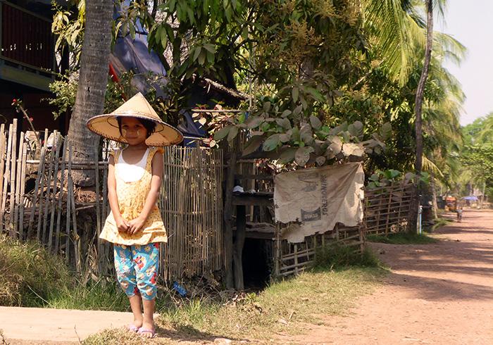 Petite fille Birmanie Bilu Gyun