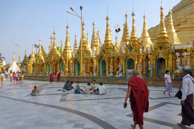 shwedagon pagode birmanie