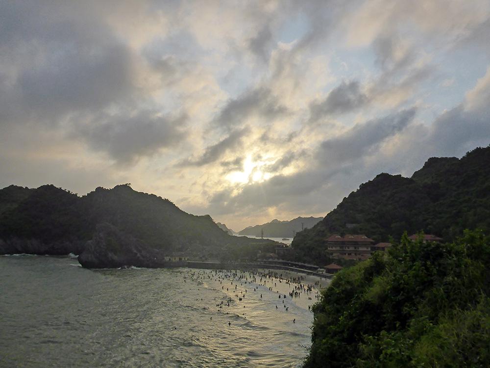 Baie d'Along, Cat Ba, Vietnam