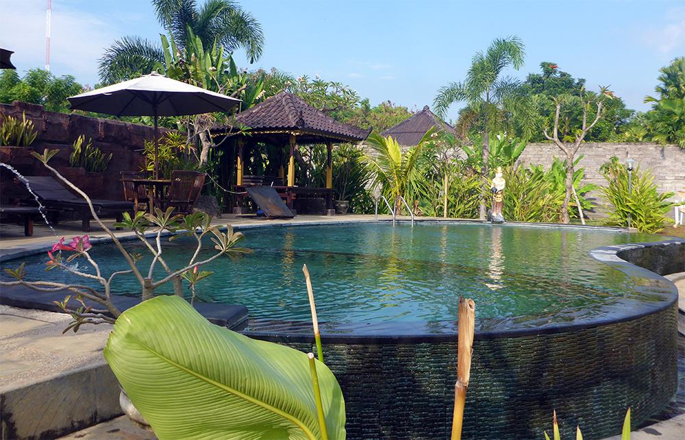 Sartaya Hotel Lovina, Bali